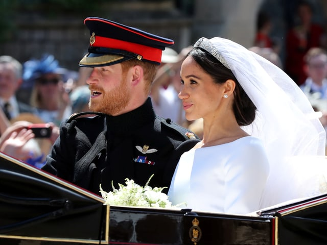 Prinz Harry und Meghan Markle in Kutsche