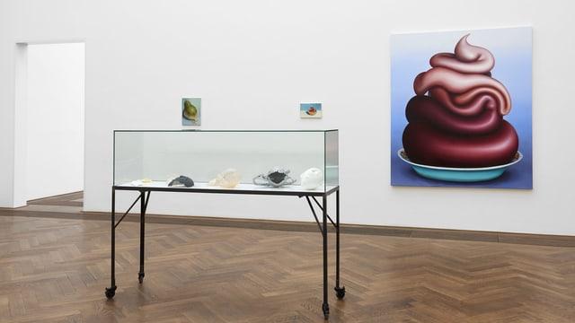 Bild der Künstlerin hängt in der Regionale-Ausstellung