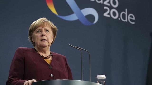 Angela Merkel nach dem Gipfel per Video vor den Medien.