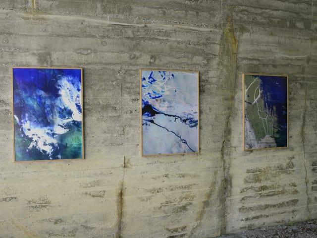 Fotografias fatgas en il tunnel vegl en Val Stussavgia da Ester Vonplon.