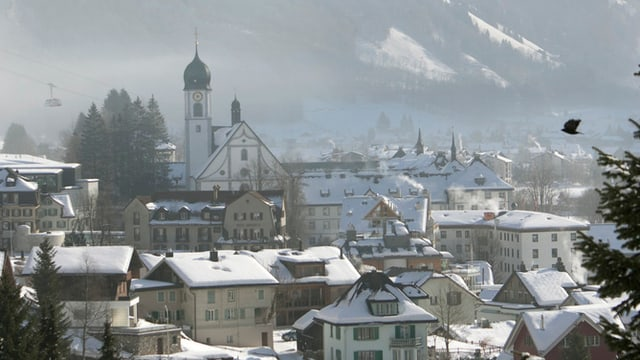Das Dorf Obwalden in Winterlandschaft