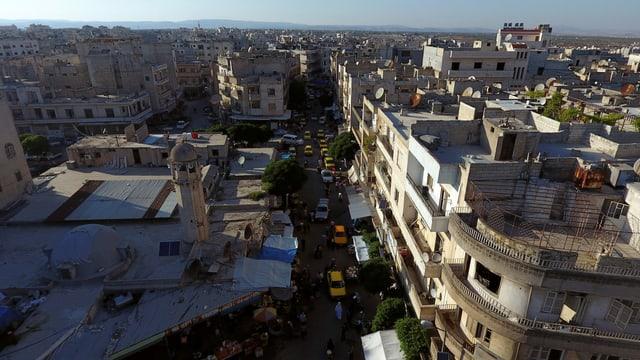 Blick auf Idlib (Archiv, Sommer 2017)