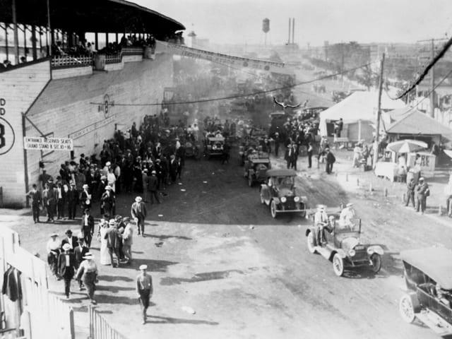 Die Indy-500-Premiere wollten sich viele nicht entgehen lassen.