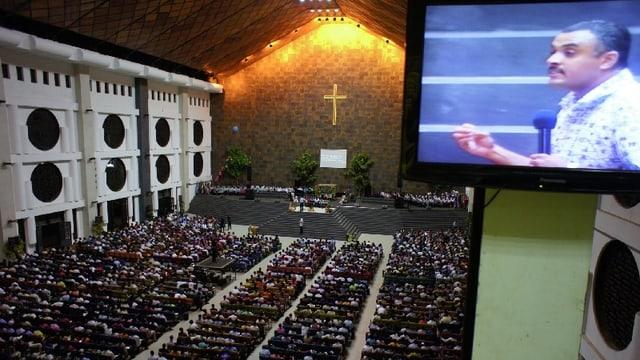 Video «Kreuzzug – Das neue Christentum» abspielen