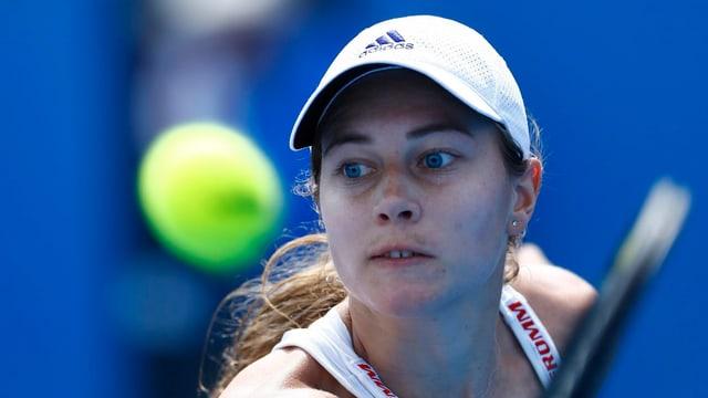 Nahaufnahme der Schweizer Tennisspielerin Stefanie Vögele.