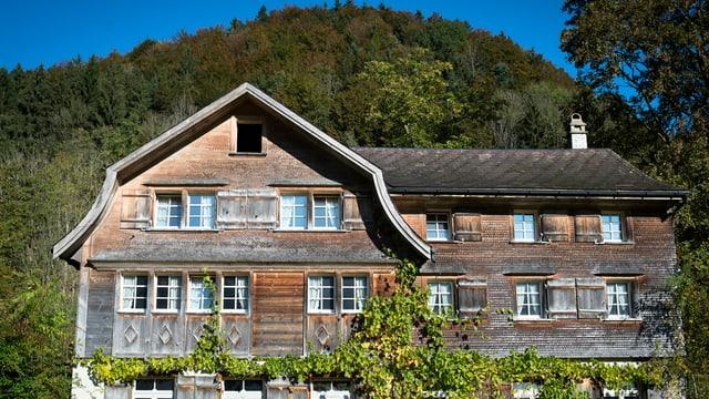 Ein altes Bauernhaus in Dreien.