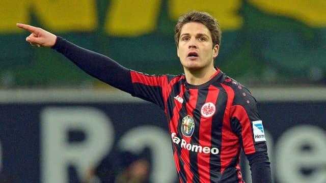 Pirmin Schwegler im Dress von Eintracht Frankfurt.