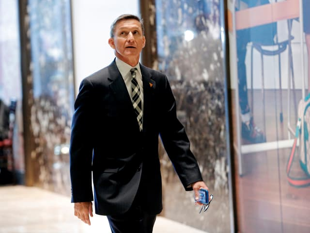 Mike Flynn auf dem Weg in den Trump Tower.