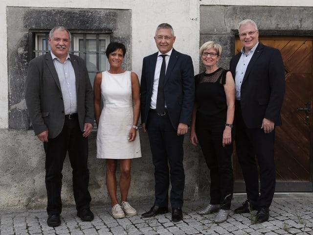 Donat Nay, Ladina Simonelli-Zisler, Vincent Augustin, Beatrice Baselgia e Gion Lechmann.