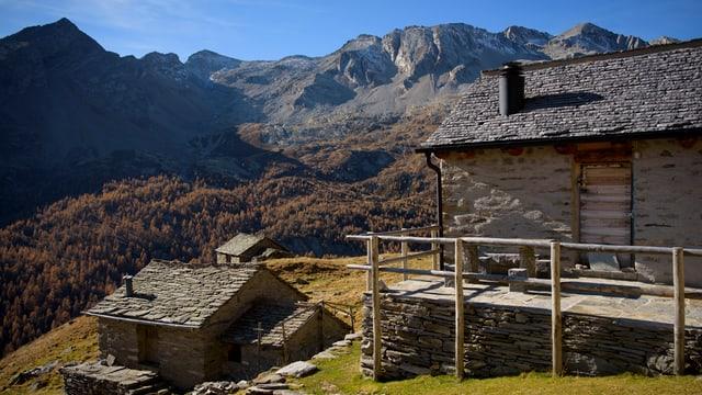 Alp Uerbell en la Val Malvaglia chantun Tessin.