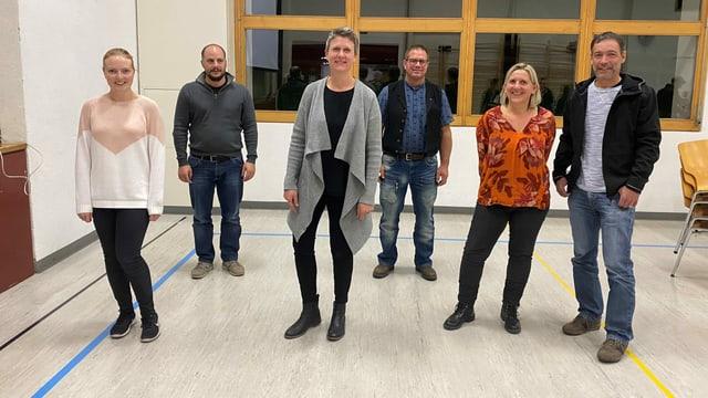 Da san.: Giulia Riedhauser, Gion Capeder (Suprastant Lia Rumantscha ed anteriur suprastant URGC), Zegna Pittet-Dosch, Rico Michael, Gierina Michael e Marc Decurtins.
