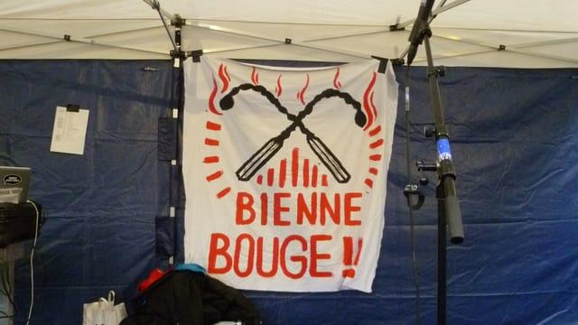 «Bienne Bouge» beeindruckt: Der Jugendprotest gegen Subventionskürzungen bei den Zentren scheint Früchte zu tragen.