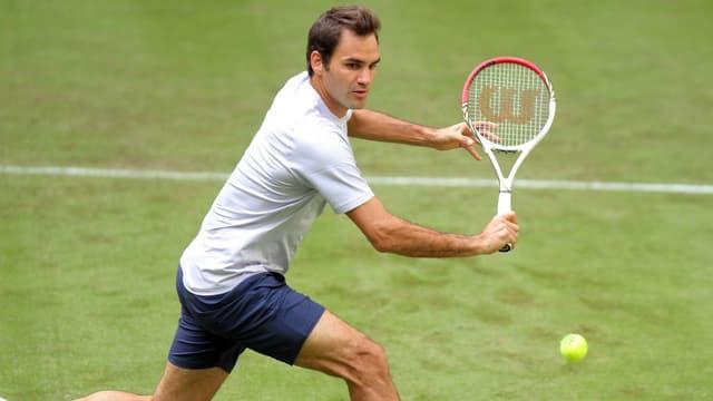 Roger Federer trifft im Achtelfinal von Halle auf Cedrik-Marcel Stebe.