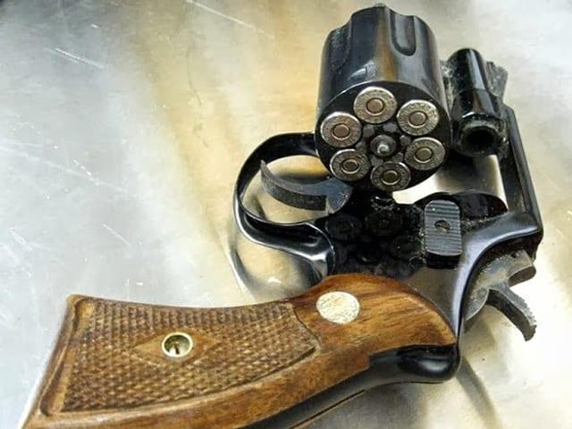 Bild eines geladenen Revolvers