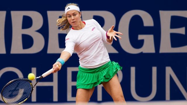 Stefanie Vögele steht in Baku in der nächsten Runde.