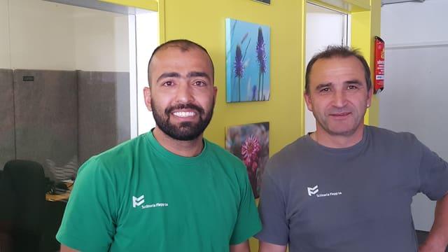 Valid Amiri dal Afghanistan e ses patrun Victor Flepp possessur da la scrinaria Flepp.