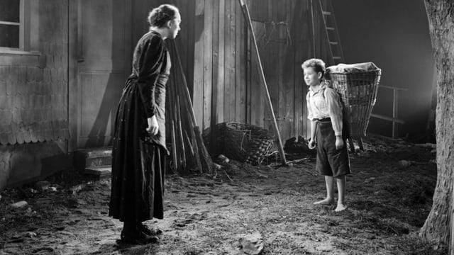 Szene aus dem Film «Das Menschlein Matthias». Walburga Gmür als Angehrin, Röbi Rapp als Matthias