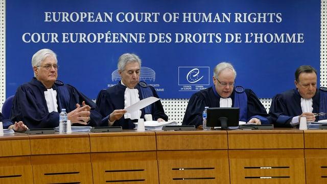 Die Strassburger Richter beim Beginn der Anhörungen im Fall Lambert im Januar.