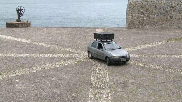 Auto auf Platz