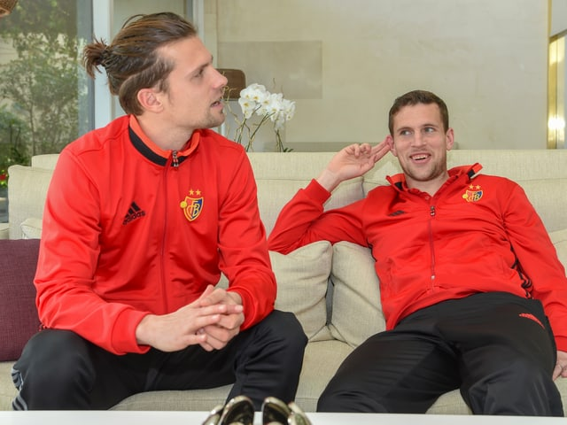 Valentin Stocker (links) und Fabian Frei im Trainingslager des FC Basel