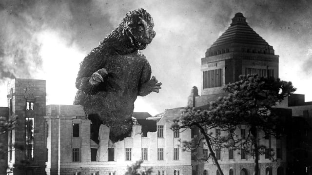Filmstill aus dem Film «Godzilla» aus dem Jahre 1954.