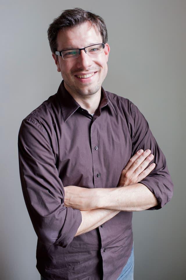 Porträtaufnahme von Florian Wettstein.