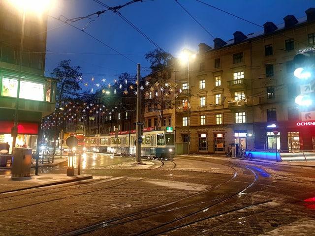 Verschneite Stadt