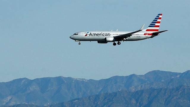 Aviun da l'Air American sgola, davos èn culms