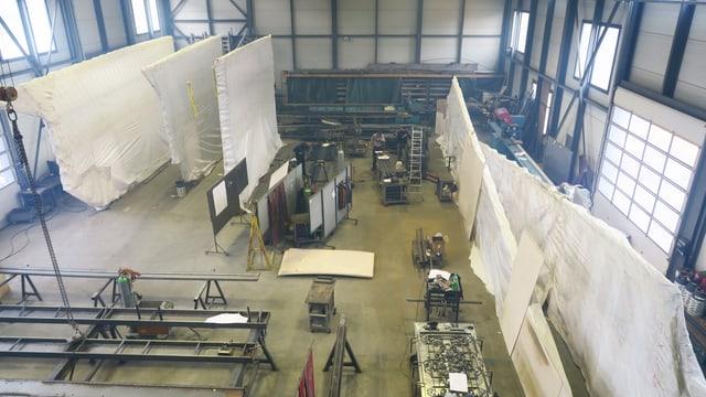 Blick in die Werkstatt einer Bauschlosserei.