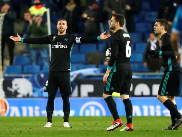 Sergio Ramos verwirft die Hände