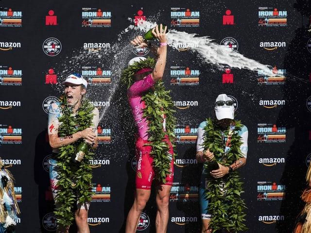 Erhalten einen grosszügigen Zustupf von der Triathlon-Vereinigung: Daniela Ryf und ihre ArbeitskollegInnen