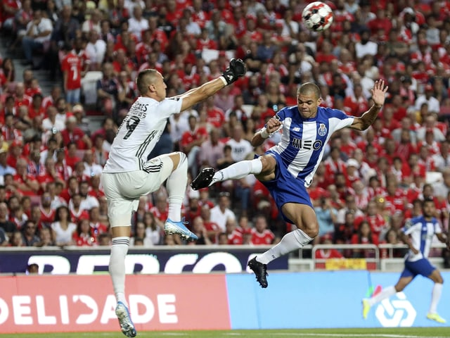 Fussballspieler Pepe