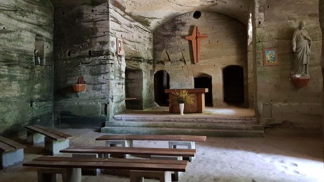 Kapelle in der Sandsteinhöhle