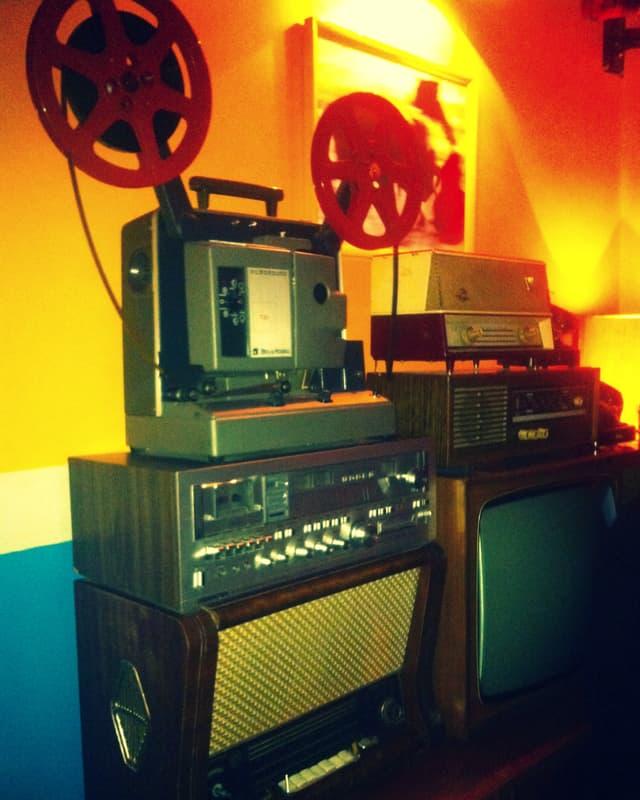Radio Bar, Quartier Blloku