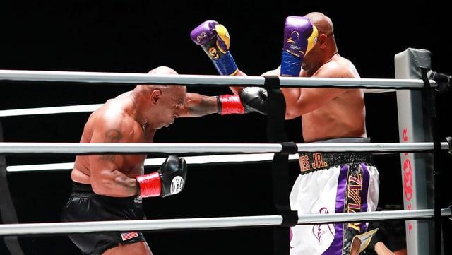 Kein Sieger zwischen Tyson und Jones junior