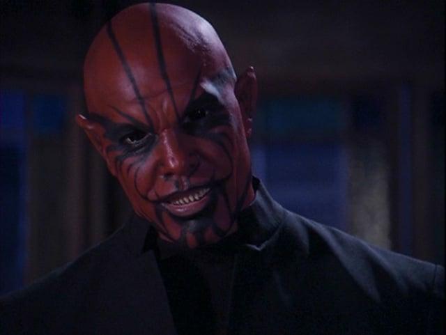 Fasnacht oder Fernsehserie? Dämon Belthazor im «Charmed» der 90er.