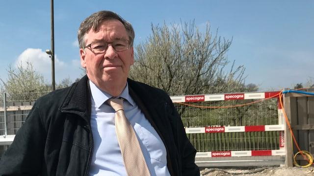 Martin Vollenwyder auf der Baustelle des Kinderspitals