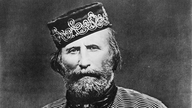 Der bärtige Garibaldi mit Mütze.