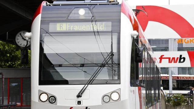 Ein Zug der Frauenfeld-Wil-Bahn.