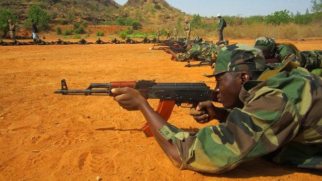 Soldaten bei der Ausbildung