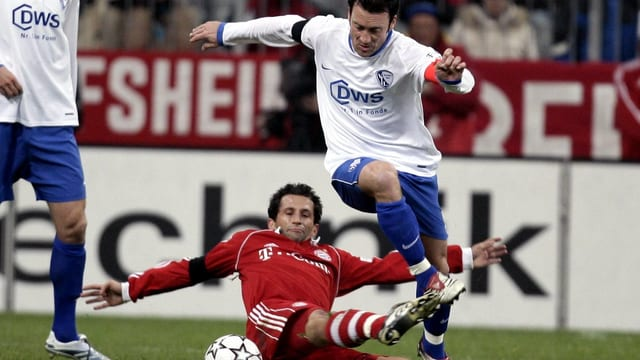 Hasan Salihamidzic foult Bochums Tomasz Zdebel.