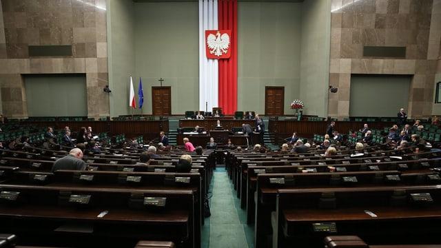 vista en la sala dal parlament da la Pologna