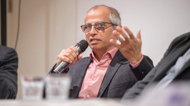 "Kemal Sadulov, Präsident der Schweizer Roma-Organisation ""Romano Dialog""."