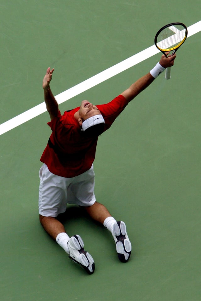 Roger Federer jubelt.