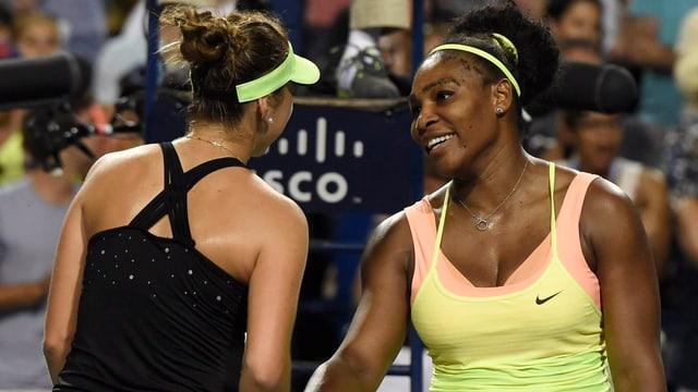 Serena Williams gratuliert Belinda Bencic.