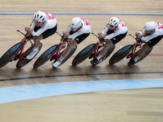 Mit verbündeten Kräften wollen die Schweizer heute die Qualifikation meistern.