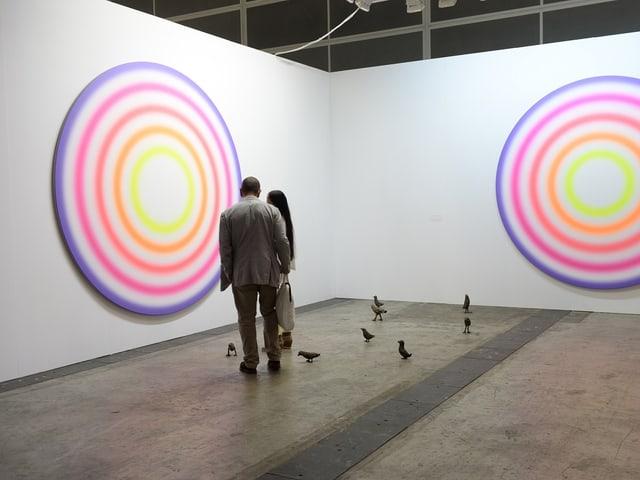 Farbige Zielscheiben - Installation des Schweizer Künstlers Rondinone.