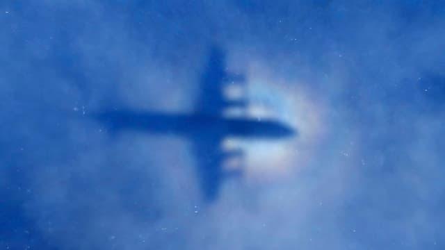 Ein Suchflugzeug im Einsatz.