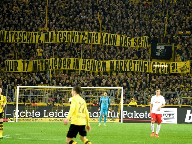 BVB-Fan-Plakate