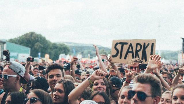 Stark! Da zeigt jemand am Openair Frauenfeld ganz viel Liebe für den Festivalsommer.